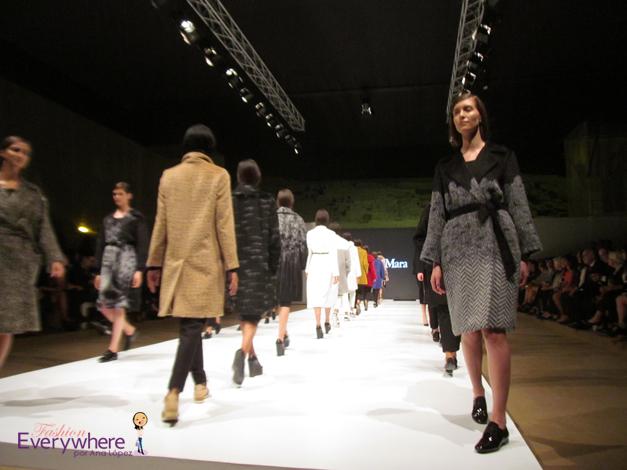 Max Mara_ Perú Moda_#maxmara_#PerúModa2015_#PerúModa_#PeruModa_#PeruModa2015_Huaca Pucllana_alpaca peruana_madeinItaly_Ana López_blogger_blog fashion everywhere_www.fashioneverywhere.pe_1 1 (9)
