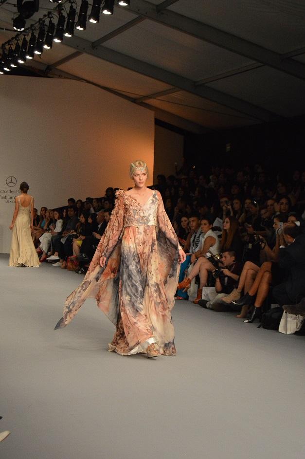 Clauda Jimenez_diseñadora de moda peruana_Mercedes Benz Fashion Week México_#MBFWMx_pv16_Ana López_blogger de moda peruana_www.fashioneverywhere.pe_1 (18)