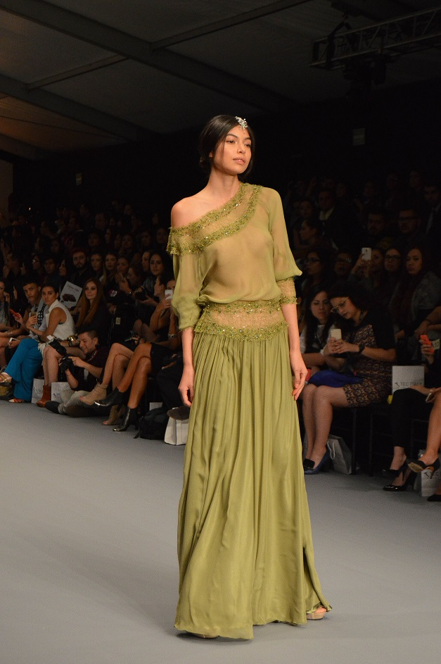Clauda Jimenez_diseñadora de moda peruana_Mercedes Benz Fashion Week México_#MBFWMx_pv16_Ana López_blogger de moda peruana_www.fashioneverywhere.pe_1 (21)
