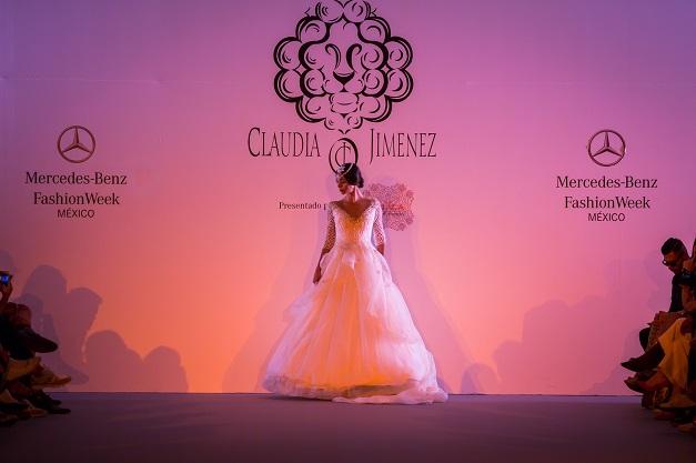Clauda Jimenez_diseñadora de moda peruana_Mercedes Benz Fashion Week México_#MBFWMx_pv16_Ana López_blogger de moda peruana_www.fashioneverywhere.pe_1 (4)