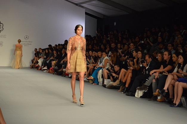 Clauda Jimenez_diseñadora de moda peruana_Mercedes Benz Fashion Week México_#MBFWMx_pv16_Ana López_blogger de moda peruana_www.fashioneverywhere.pe_1 (9)